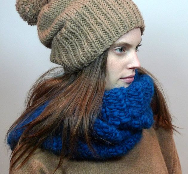 Americo Original / Rock Dove Cowl - double loop cowl