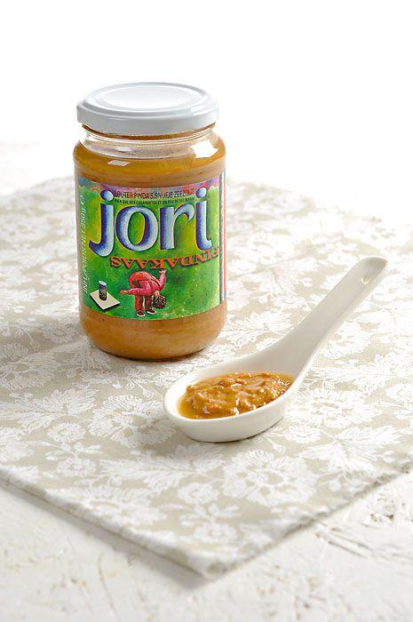 Lahodná bezlepková pomazánka připravená pouze z čerstvě pražených arašídů a z malého přídavku mořské soli. Vynikající chuť zaručena!