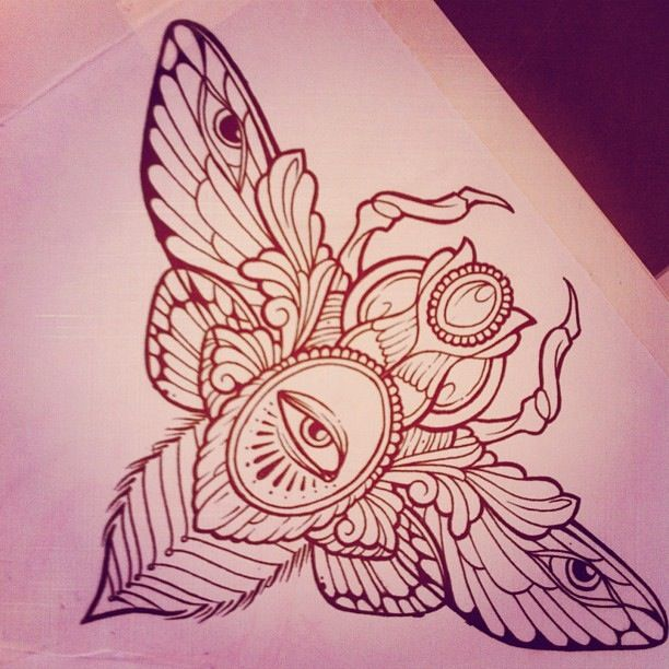 Subject: Moth, I also like (flying)Beetles as seen in combination with mummy symbols