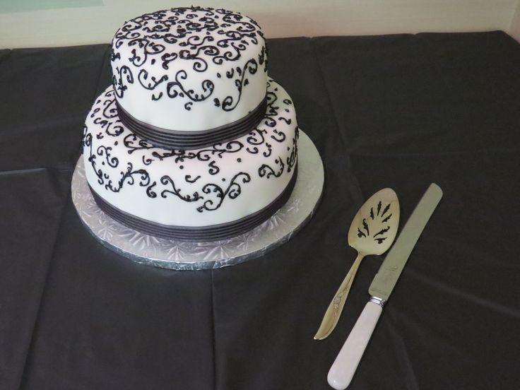 The wedding cake @ritaulian made! It was sooo good! Photo Credit MJU Photography