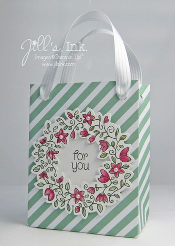 handmade gift bag ... lovely wreath ... this combo would also make a pretty card ... Stampin' Up!