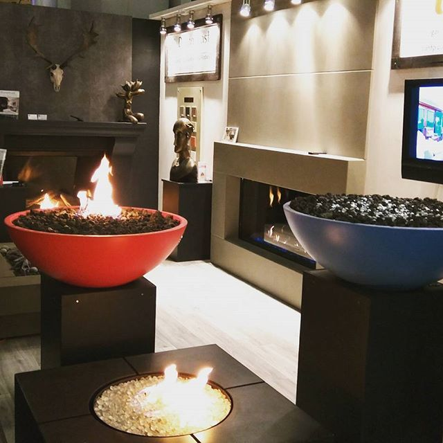 Visit us at our idswest booth with @urban_fireplaces! We got our sexy new Bloq fire pit on display that will be available for the new season. Booth designed by @orafrenkel #idswest #dreamcastdesigns #concrete #homeshow #vancouver #exhibition #fireplace #firefeatures