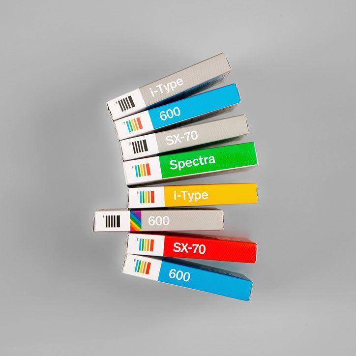 06-polaroid-originals-film-packaging-2int