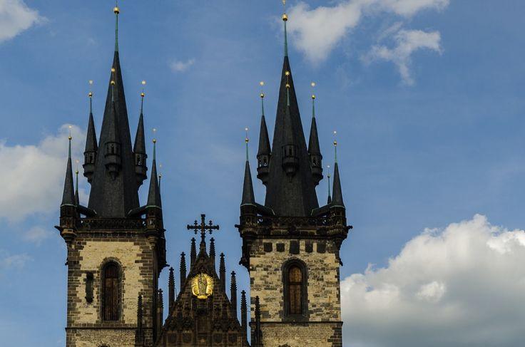 In diesem Beitrag stellen wir dir unsere Top 3-Stadtteile für eine Übernachtung in Prag vor und geben dir individuelle Hoteltipps.