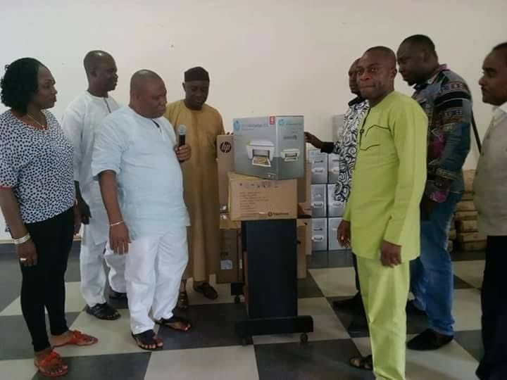 By Anny Michaels The Senator representing Akwa Ibom North East in the 8th Senate and Chair Senate Committee on Gas Senator Bassey Albert Akpan (OBA) on Monday donated 15 brand new desktop computers to the University of Uyo and several cartons of drugs to nine health centres one each from the nine LGAs that make up Akwa Ibom North East. Presenting the items Distinguished Senator Bassey Albert who was represented by Mr Daniel Udoh Chairman of his Liaison office in Uyo said this is typical of…