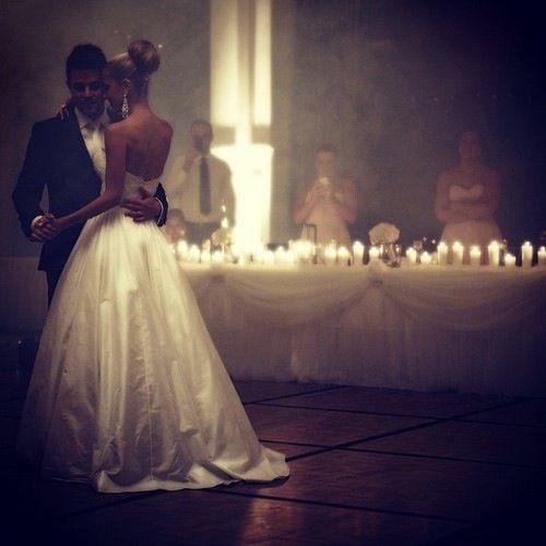 Such a romantic wedding photo ❤️❤️