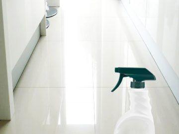 CLEAN DIRTY TILE FLOORS
