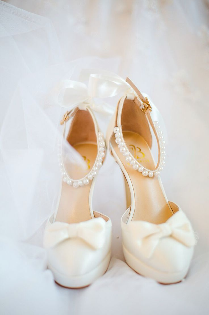 Wedding shoes with bow, satin shoes, white bridal shoes VivaBride