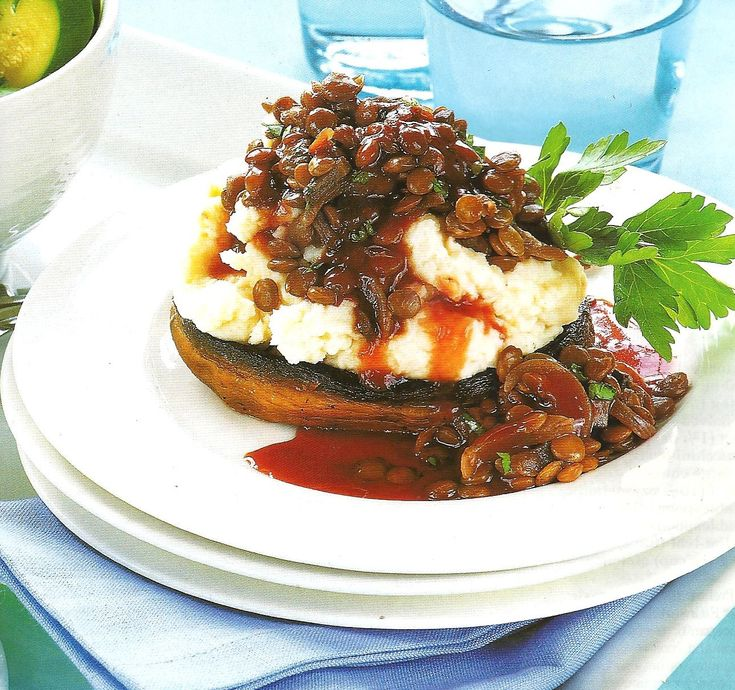 Vegetarian Recipes, Field Mushrooms with lentils in red wine sauce