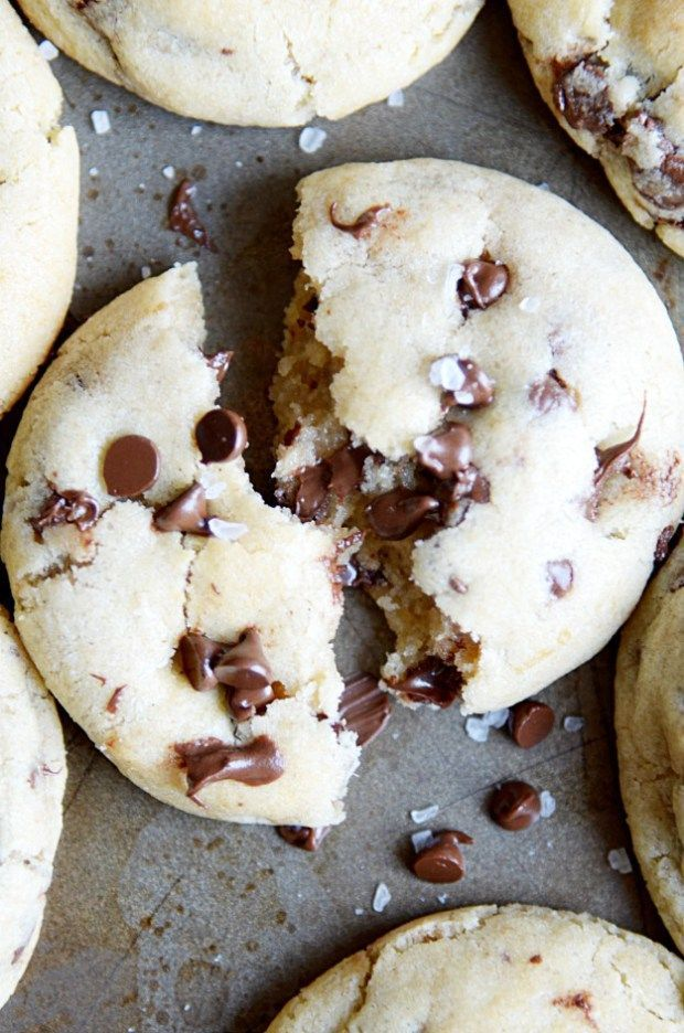 One bowl, no mixer, no chill time, NO FUSS chocolate chip cookies. This recipe calls for melted butter, so all you need is a sturdy spoon and a bowl for fresh cookies right out the oven in under 15 minutes!