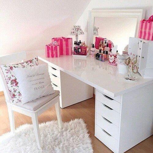 simple, white, sleek, modern, tidy makeup vanity, pink details, pink pop