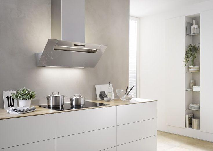 Die meistverkaufte Dunstabzugshaube von Berbel - die Kopffreihaube Ergoline mit schlichter Struktur und effektiver Fettabscheidung. Bei dieser Dunsthaube wird das Kochen direkt zum Vergnügen.