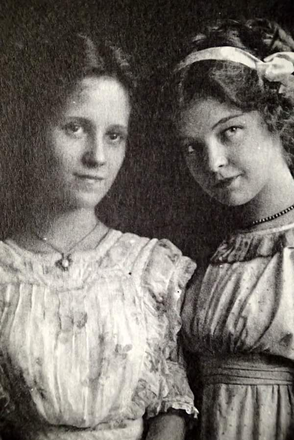 Nell Dorr, the photographer and Lillian Gish, life long friends