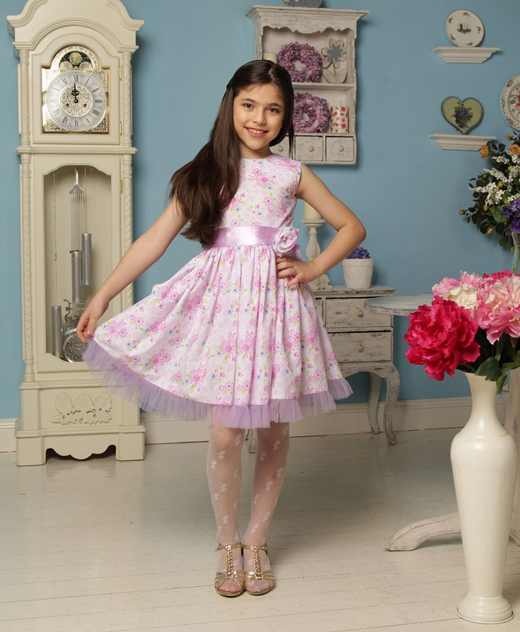 01003012-К Платье нарядное Камила, Сиреневые цветы
