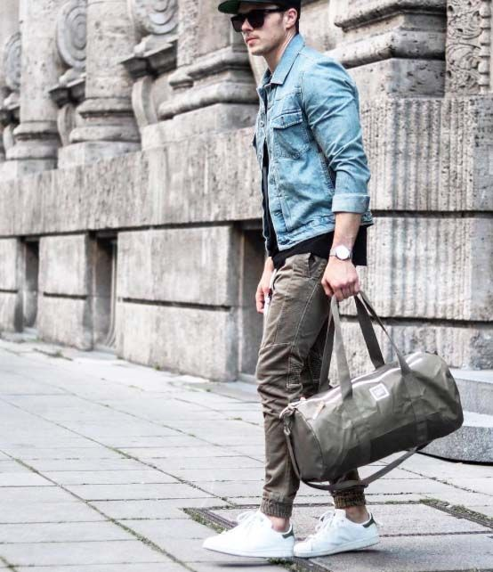 hit the gym after work // mens fashion // gym bag // gym wear // sun glasses //watches // mens accessories // city boys // urban men //