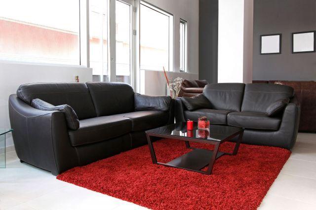 Decorar salón en rojo, negro y gris   estilo más clásico ...