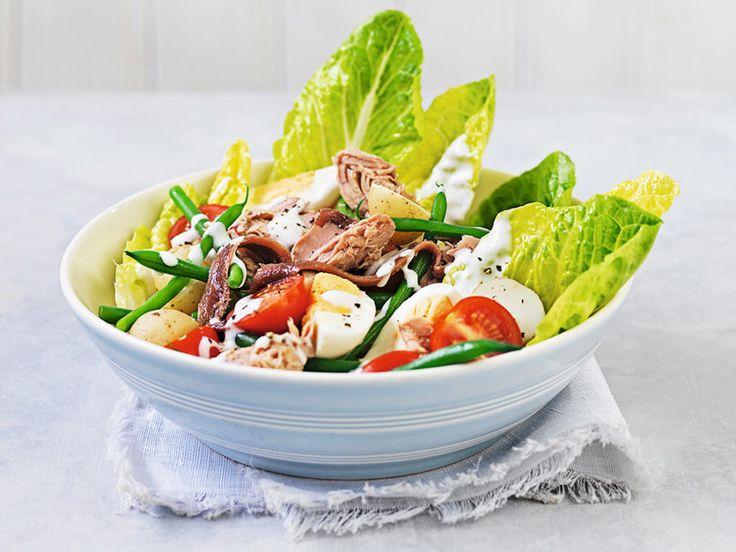 Salad Nicoise med tonfisk och ägg