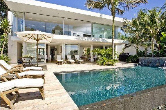 Beachhouse Love: Pools Area, House Front, Swim Pools, Dream House, Takapuna House,  Terraces, Dreams House, Patio, Beaches House Design