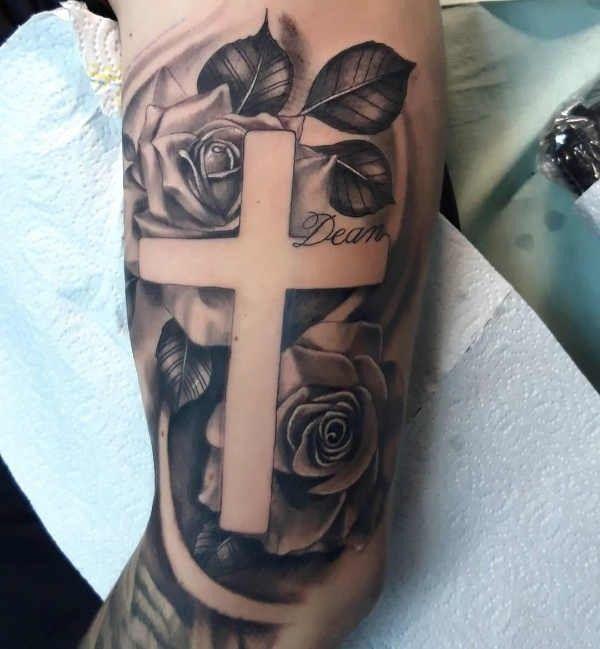 Croce Significato Idee E Foto Tatuaggi Croci Cristiane Body Art