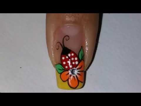 Uña decorada con mariquita y flor - YouTube