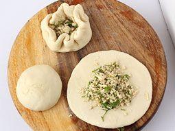 Kulcha stuffed with Paneer Mixture - Step by Step photo Recipe