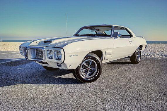 Items similar to Voiture de sport blanc 1969 Pontiac Trans Am classique durant le coucher de soleil HDR photo PRINT on Etsy