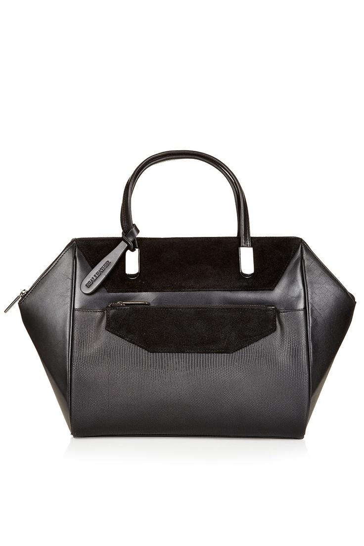 Winged Lady Tote Bag حبيييت هالشنطة من @Topshop