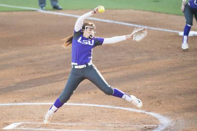 BATON ROUGE, La. – The No. 10 LSU softball team defeated the ULM Warhawks 9-1 in five innings Tuesday night at Tiger Park in Baton Rouge.