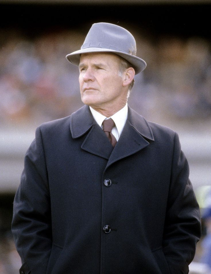 a biography of tom landry Use this page to find out if tom landry is dead or alive very user friendly  navigation  date of birth: 09/11/1924 date of death: 02/12/2000.