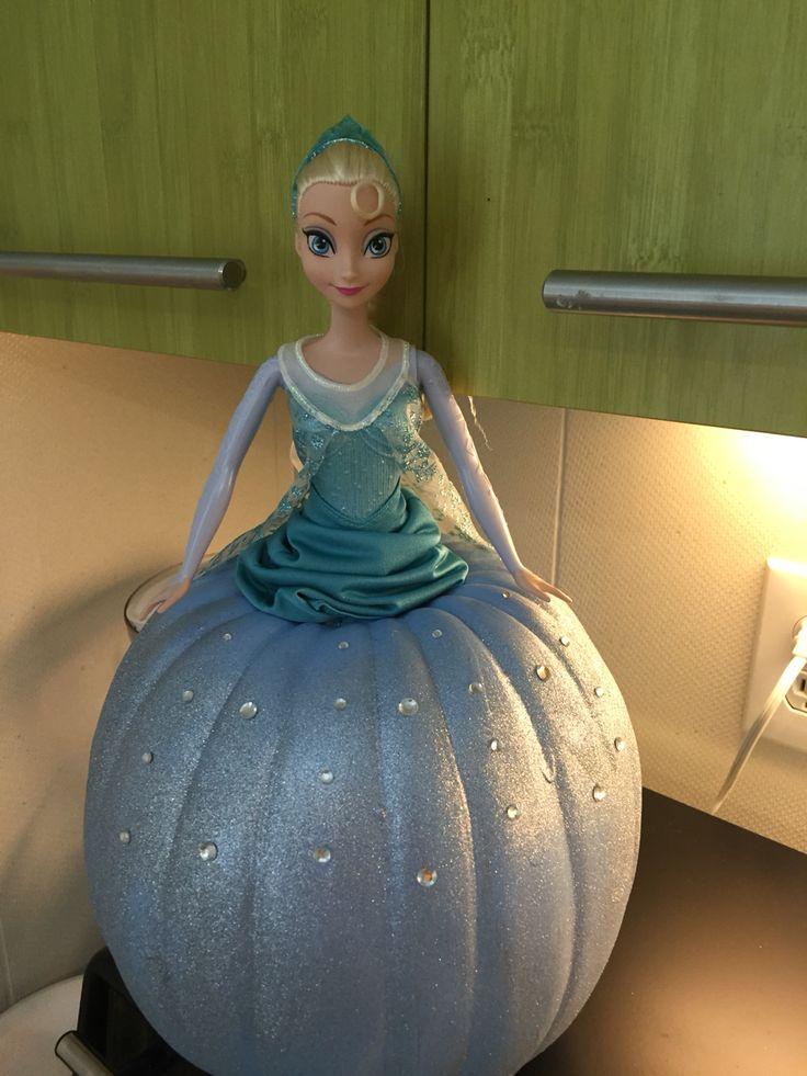 Frozen Elsa pumpkin for work competition :)