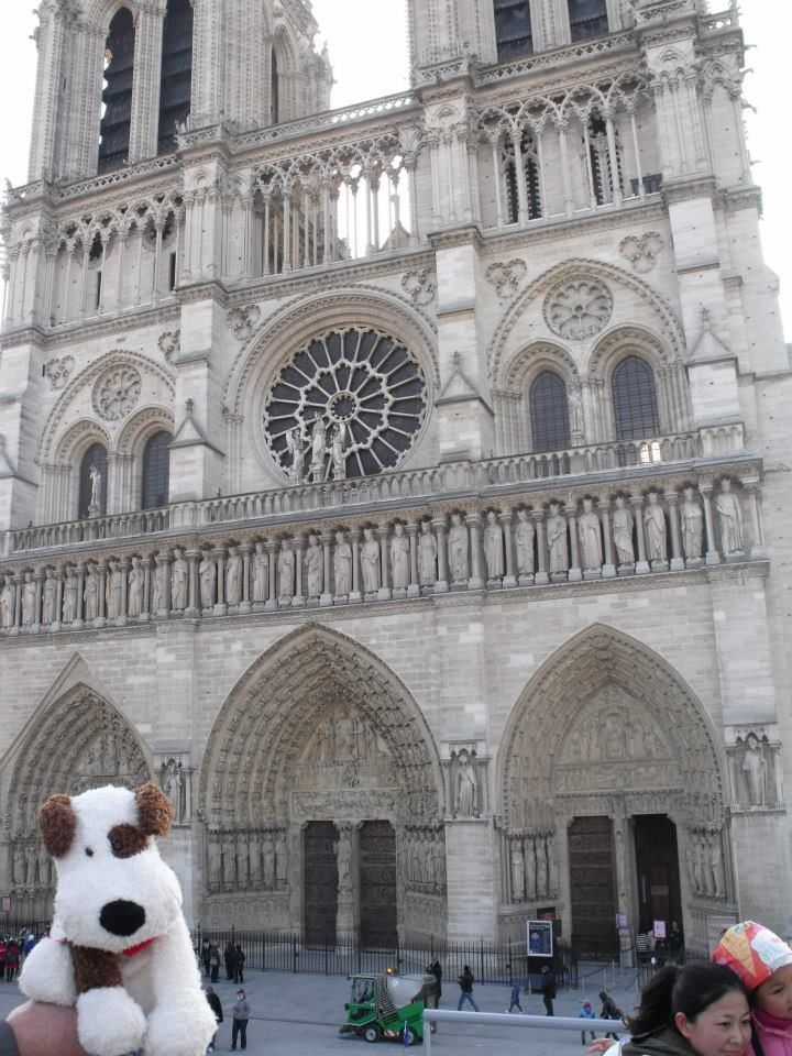 Rocco at the Notre-Dame