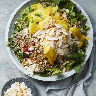 Nudelsallad med mango och cashewnötter🥗🍝