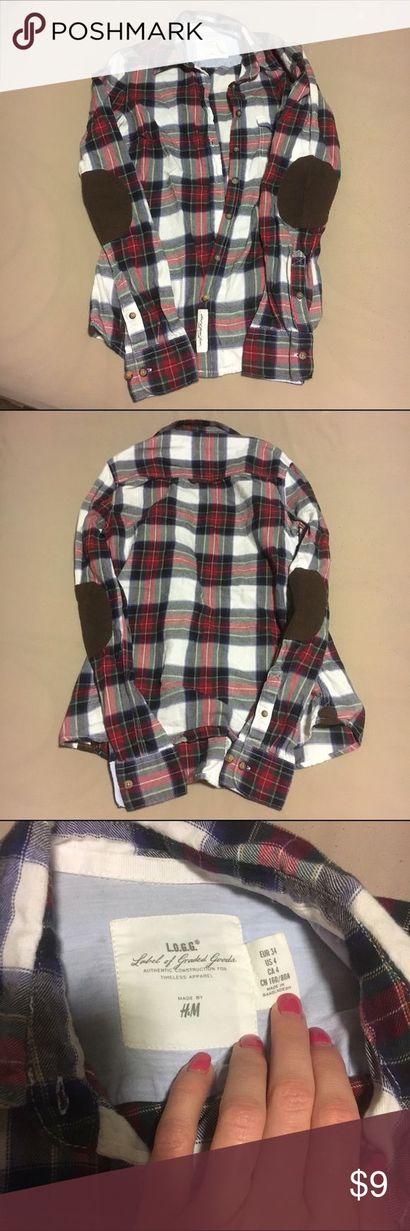 HM Flannel Top Fits like a small. Adorable elbow patches on a soft flannel material. Perfect for fall!! H&M Tops Button Down Shirts