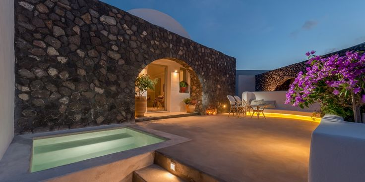 New resort in Santorini 2016 - Travel Plus Style recommendation: Santo Maris Oia