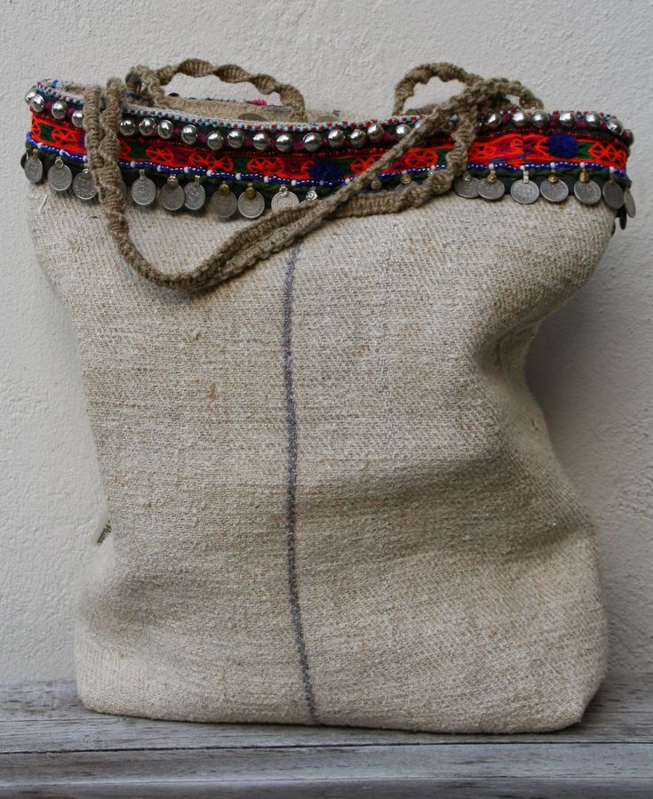 linen bag with tribal details - KussenvanPaula