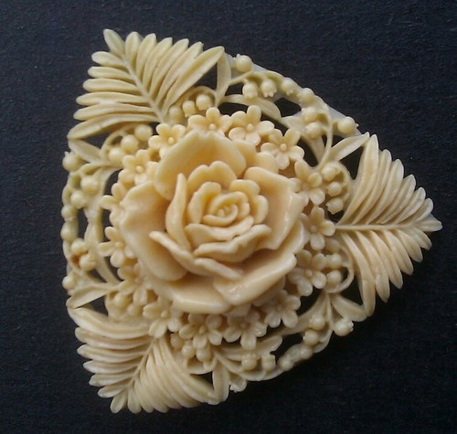 CARVED CELLULOID ROSE BROOCH