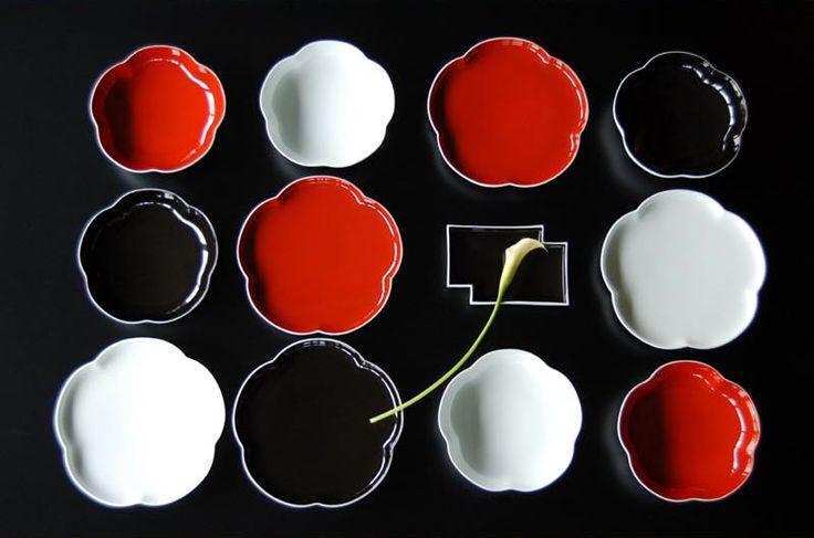 Modern small plate by Fukagawa Seiji