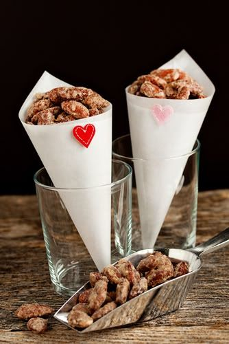 Love, Lipstick, and Pearls: Candied Almonds, I'm Obsessed