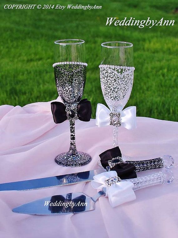 Wedding glasses, Wedding Cake Serving Set and Wedding Champagne Toasting Flutes, Bride and Groom, Toast glasses, Personalized wedding gift on Etsy, $85.00