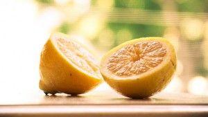 24 cosas que puede limpiar con limón