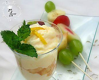 Crema al limone con spiedini di frutta