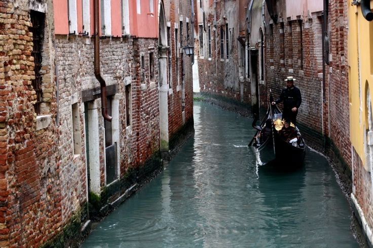 """The venetian road is known as """"calle"""" and it is the passage that usually lies between two buildings, can be very narrow or very wide, depending on the architectural location of buildings, usually opens in a field or in a square (campo), or it can have on the Grand Canal outlet and then turn out, then takes the name of """"branch""""."""