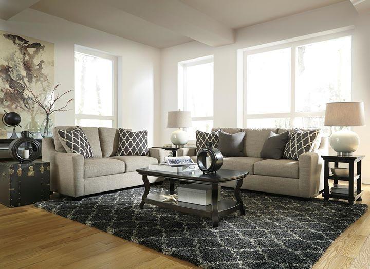Menos es más  El diseño de líneas simples de nuestro living #Crislyn es perfecto para tu espíritu minimalista.  #AshleyFurnitureHomeStore #estilo #muebles #accesorios #diseño #decoración #otoño #Sofás  ---  6890235 Loveseat 6890238 Sofa
