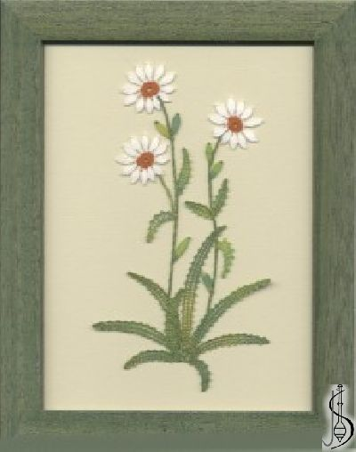 Blossom- daisy No. 10105  		   Green frame with glass, dimensions 15 x 20 cm, frame selection: yellow, blue, green, red, cinnamon, colored / white lace Price: € 29  ............................  Protected by copyright!
