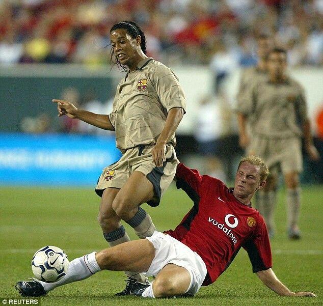 Butt vs Ronaldinho