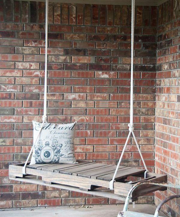 Europaletten recyceln – DIY Möbel aus Holzpaletten - Europaletten recyceln garten möbel holz schaukel seil kissen deko