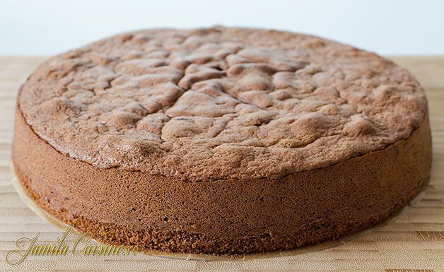 Blat de tort cu cacao – reteta video