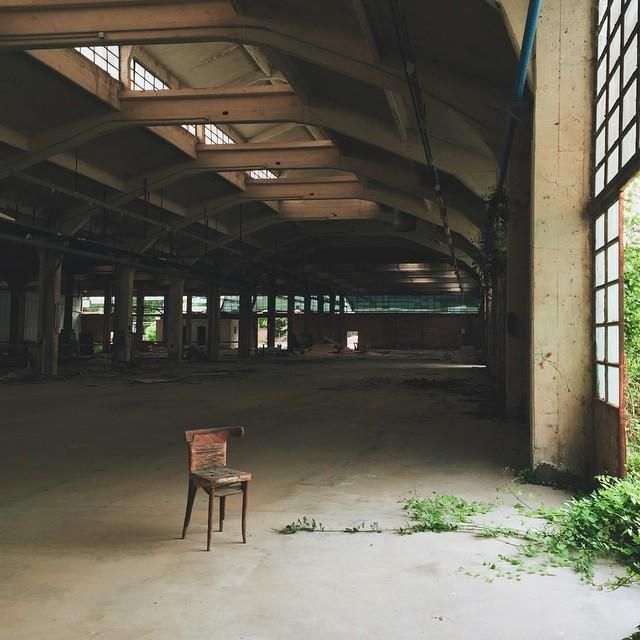 // wide space for reflection.  #VSCOcam #edificidismessi