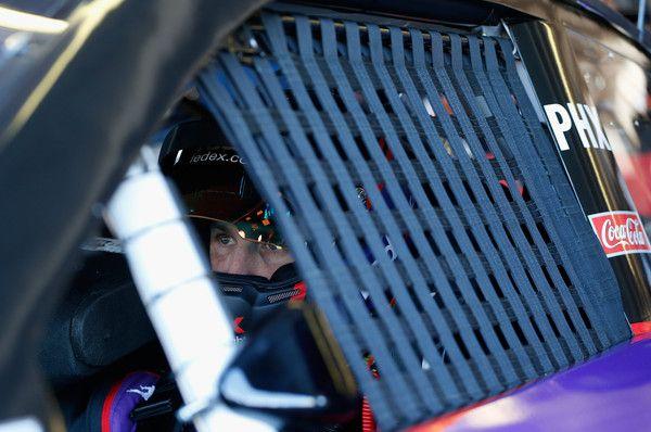 Denny Hamlin Photos - Phoenix International Raceway: Day 1 - Zimbio