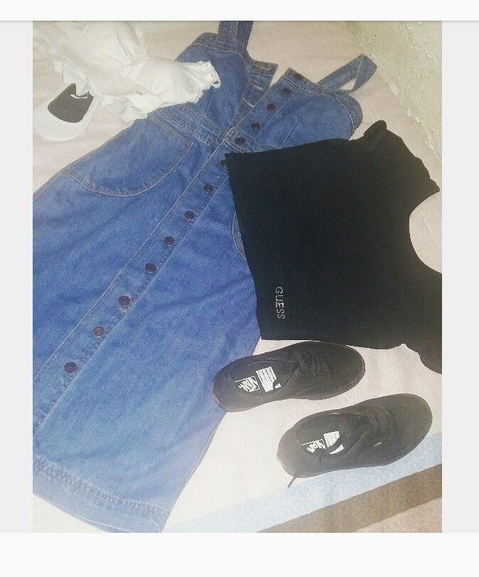 My last outfit for 2016!!!  Denim dress... black Guess crop... black Vans... #vans #guess #black #fashion #style